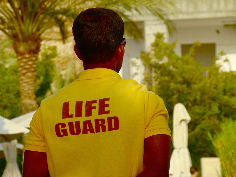 lifeguard-495129_1280.jpg